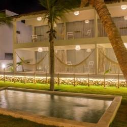 Vacaciones kitesurf en Brasil - Hotel a pie de playa - piscina - Tribbuu