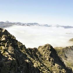 Trekking de Carros de Foc en la cima Tribbuu