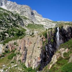 Trekking tour de l'Aneto en el macizo de la Maladeta cascada mulleres - Tribbuu
